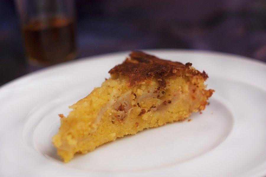 Сладкий пирог с полентой и яблоками. Кулинарные сайты. Одесский блог Марии Каленской.