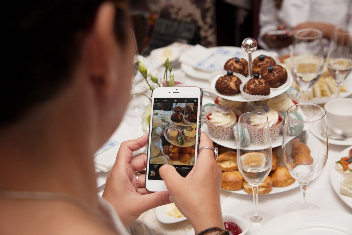 """Afternoon Tea, a symbol of the British Empire, more than 270 years old tradition, that remains popular. Cooking class in """"My Friends"""" cooking school."""
