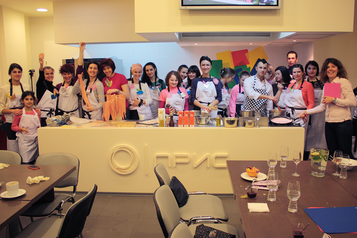 Participants of Pink lesson. Cooking school in Ukraine.