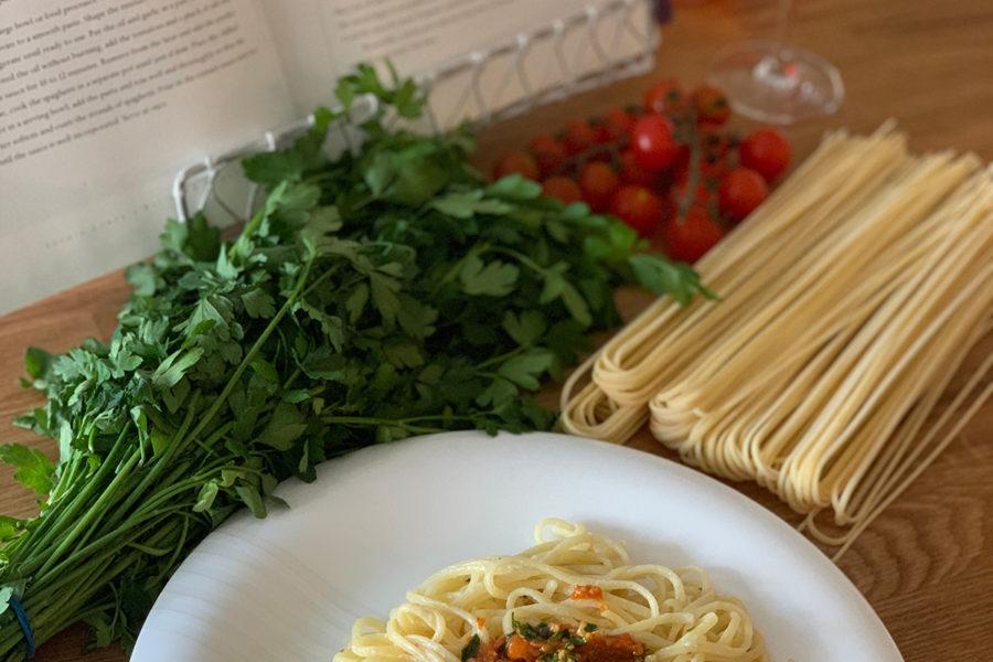 Спагетти с анчоусами от Софи Лорен. Сайт с рецептами от фуд блогера Марии Каленской.